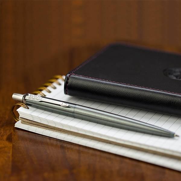 Ручка шариковая Parker IM Core K321 Black CT M чернила синие 1931665