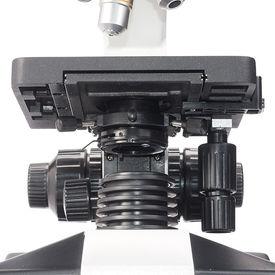 Предварительный просмотр фотографии Sigeta MB-303 40x-1600x LED Trino